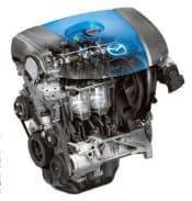 図1 ガソリンエンジン「SKYACTIV-G」。性能面では、圧縮比を14とし、燃費や熱効率を大幅に改善したことが特徴。生産面では、排気量が1.3Lと同2.0Lのモデルを同じ生産ラインで造れるように標準化されている
