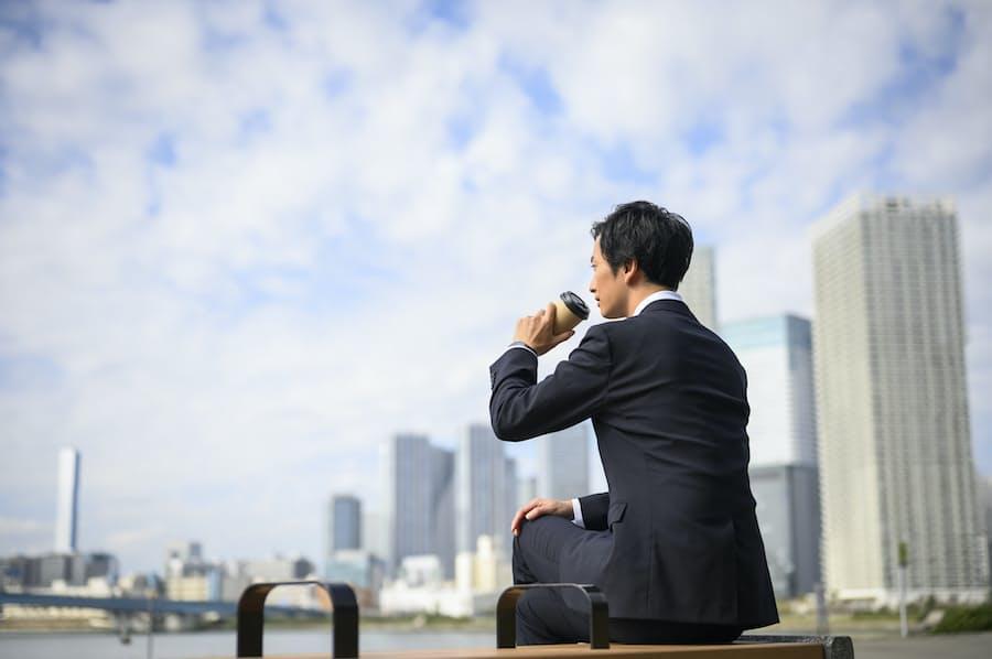働き盛りの男性2人がサラリーマン卒業を決意した理由: 日本経済新聞