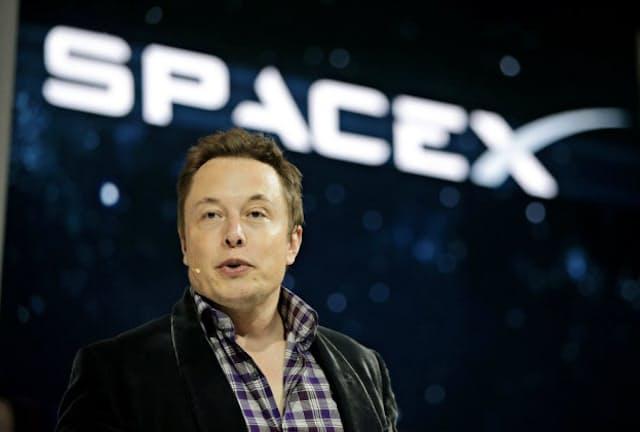 スペースXを率いるイーロン・マスク氏は、民間主導の宇宙ビジネスをけん引してきた。