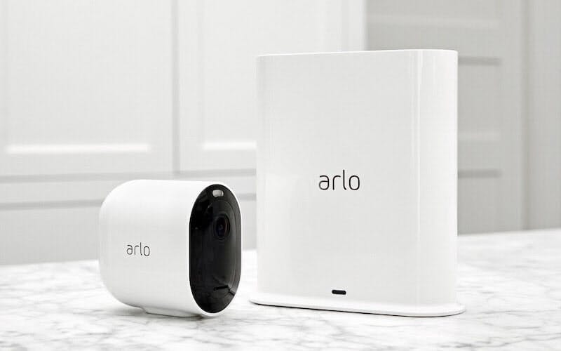 セキュリティーカメラ「Arlo Pro 3」(出所:アーロ・テクノロジーズ)