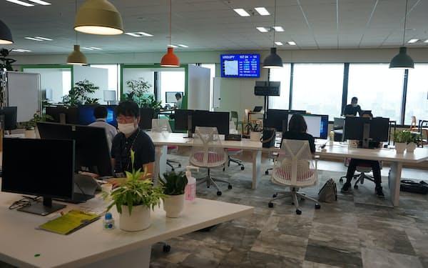 「d.space(ディースペース)」と呼ぶデジタル専門人材が集まる場を設けた。社員がデジタルを活用した新事業について相談できる