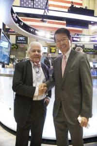 NY証券取引所フロアでジム・ロジャーズ氏と(2013年9月)