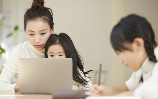 子供を巻き込んで国家資格を取得した勉強法とは(写真はイメージ=PIXTA)