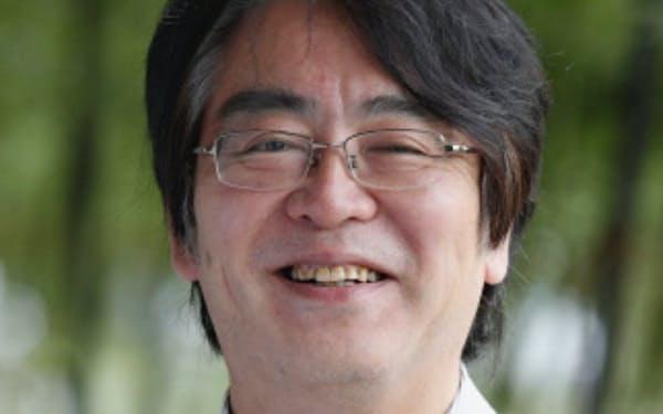 ひろい・よしのり 旧厚生省を経て研究者に。2016年から現職。日立製作所との共同研究「日立京大ラボ」にも携わる。59歳