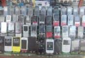 中古端末販売店の様子(カンボジア)