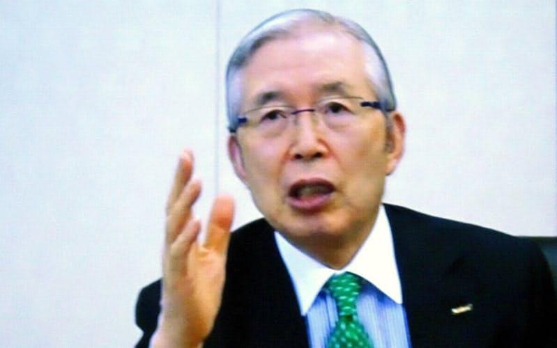「株式投資での学びが事業に生きた」と話す永守氏(京都市の日本電産本社で。インタビューは同社内の会議室を結ぶオンライン形式で実施した)