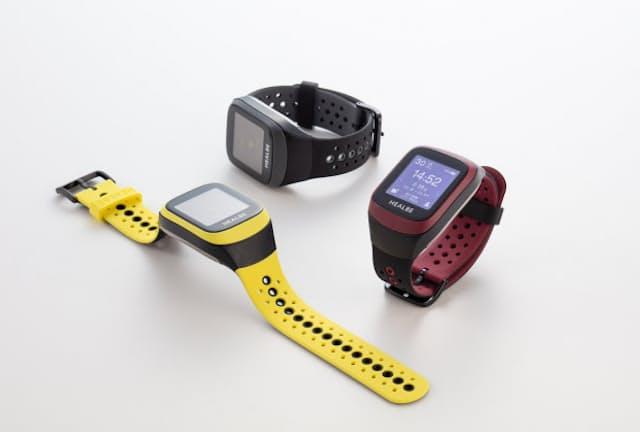 摂取カロリーを自動計測してくれる活動量計「GoBe3」。本体カラーは、「ブラック・グレー」「バーガンディ・ブラック」「イエロー・ブラック」の3種類
