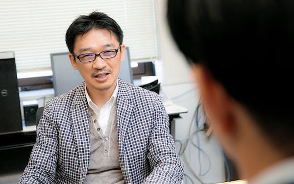 遺伝子の情報を基にした「精密医療」の研究に取り組む東京大学大学院教授の松田浩一さん。「オーダーメイド医療」「個別化医療」など、さまざまな呼び方があるが、一人ひとりに合った医療を提供するという本質は同じだ