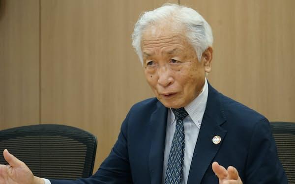 田中角栄氏を語る小長啓一氏