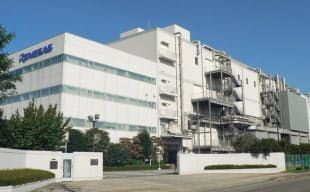 SoCなどを生産するルネサス山形の鶴岡工場。ソニーはここを積層CMOSセンサーの生産拠点に転換させる。