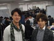 スマホアプリ受託開発のトライフォートはスマホゲームのクルーズで技術統括担当執行役員だった小俣泰明氏(右)とサイバーエージェント出身でウェブ販促企業で経営企画を担当していた大竹慎太郎氏(左)によって設立された