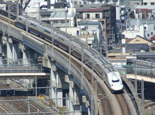 図1 東日本大震災後に一部区間で運転を再開した時点の東北新幹線(2011年4月1日撮影)