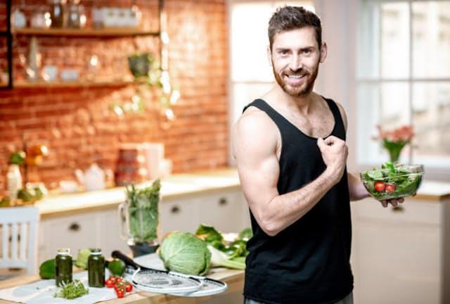 ダイエットといえば野菜が定番だが、それはお酒のつまみでも同じだ。写真はイメージ(c)Olena Kachmar-123RF
