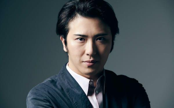 公開中の映画『すくってごらん』で主演を務める尾上松也さん