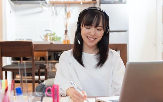 在宅勤務では朝時間のリズムを維持することが大切(写真はイメージ=PIXTA)