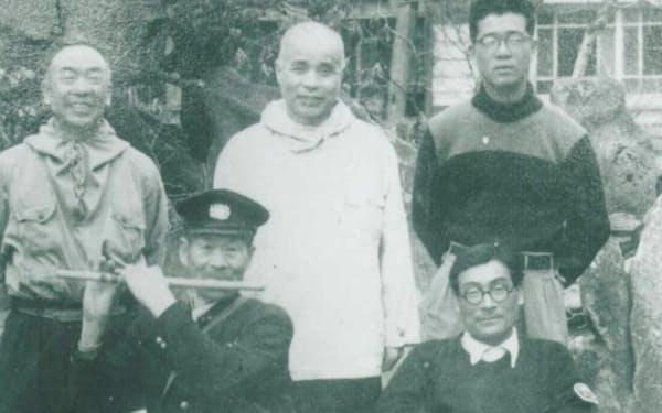 八甲田の仲間たち(前列左は鹿内辰五郎氏)