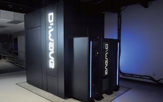 米国カリフォルニア州のシリコンバレーにある米航空宇宙局(NASA)の「エイムズ研究センター」に設置された、カナダD-Wave Systemsの量子コンピューター「D-Wave Two」。同社は西森教授の「量子アニーリング」に基づいて量子コンピューターを開発した