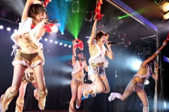 アイドルグループAKB48の公演=共同