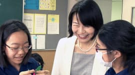品川女子学院の漆紫穂子校長は起業マインドを持つ女性リーダーの育成に力を入れる