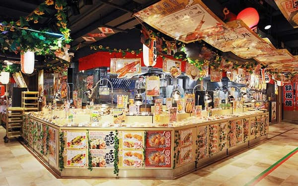 DON DON DONKIの総菜売り場。数ある取扱商品の中でも日本食が人気だという