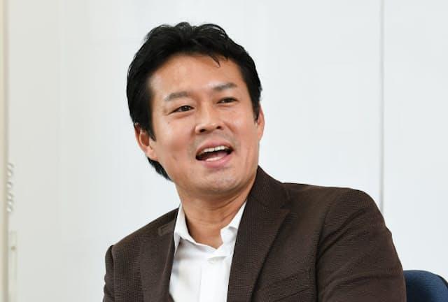 法政大学キャリアデザイン学部の田中研之輔教授