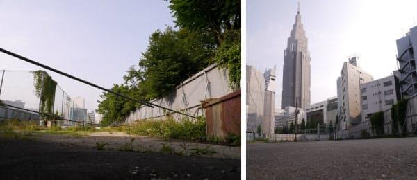 [左]バイパス予定地の南側の様子。写真左は東京都立新宿高校のグラウンドのフェンスで、右は新宿御苑側の仮囲い。新宿高校は2004年12月、道路用地を提供するために、学校の敷地内に校舎を新築して移転した [右]新宿高校のグラウンドの南側。バイパスが明治通りに接続する付近も道路用地を取得済みで、仮囲いがされている
