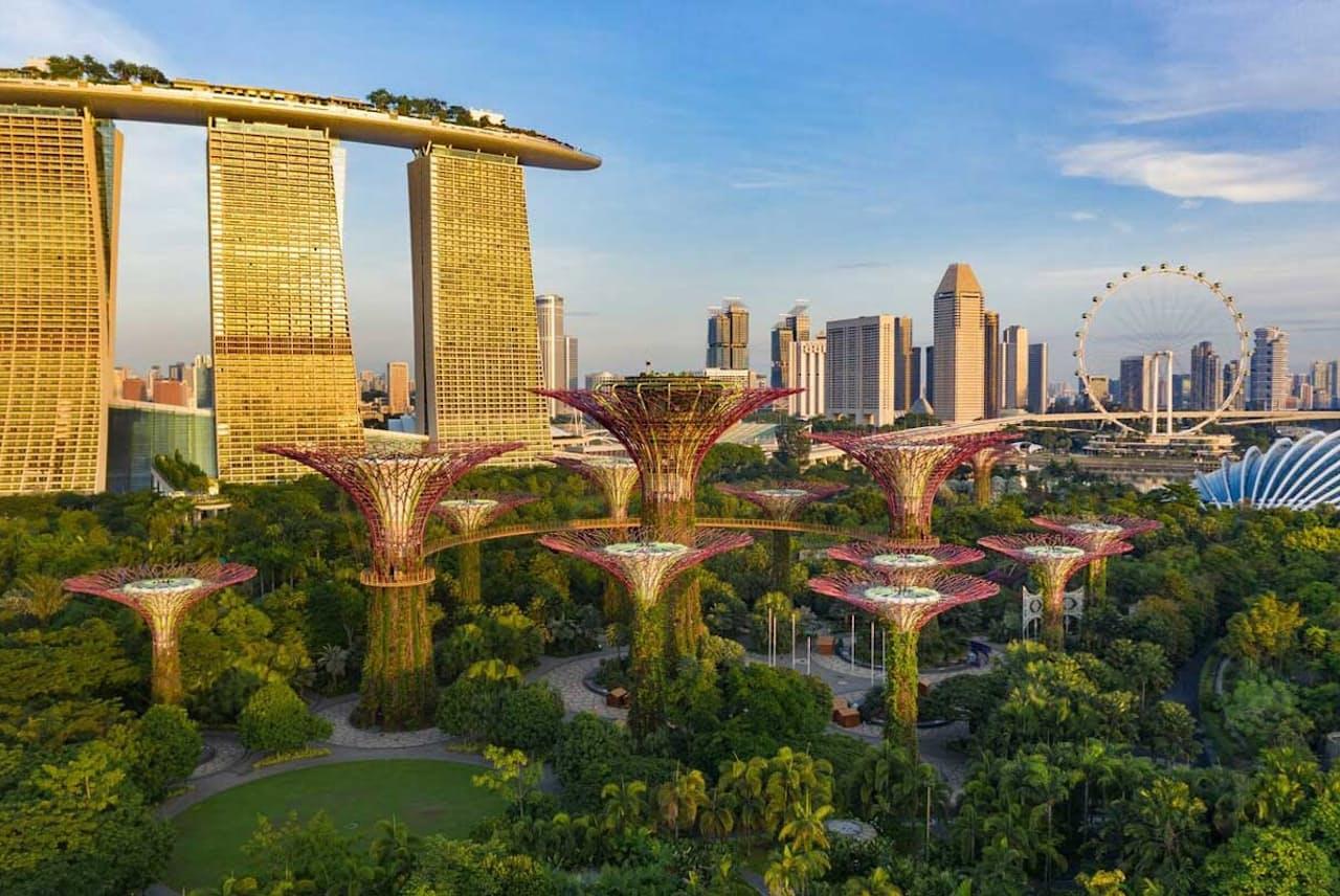 国連の「気候変動に関する政府間パネル(IPCC)」の最新報告書では、未来の5つの気候シナリオが示されている。写真は、シンガポールの植物園「ガーデンズ・バイ・ザ・ベイ」(PHOTOGRAPH BY ANDREW MOORE, NAT GEO IMAGE COLLECTION)