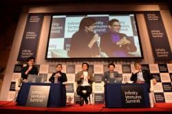 佐々木氏、松浦氏、瀬尾氏らがキュレーションについて意見を交わした(京都市内で開かれたIVS)