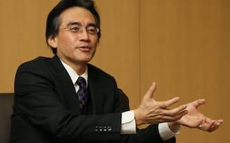 DeNAとの提携発表を終え、インタビューに応じた任天堂の岩田聡社長(撮影:小倉正嗣、以下同)