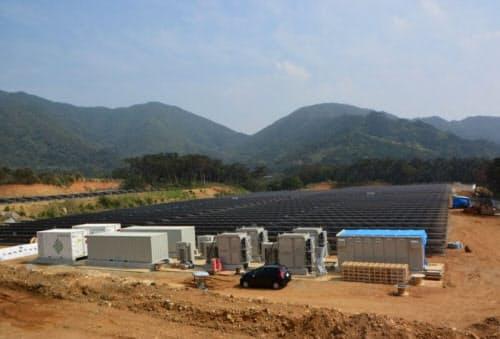 図1 徳之島で運転を開始した蓄電池併設型のメガソーラー「御船徳之島太陽光発電所」(出所:エジソンパワー)