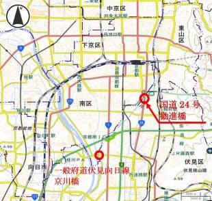 道路橋の位置。国土交通省京都国道事務所の資料に、京都市の資料に基づいて日経コンストラクションが加筆