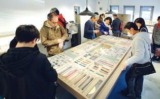 Knot吉祥寺店は、クラウドファンディングで調達した1000万円で開店した (写真:村田和聡)
