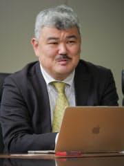 やまだ・たけよし 東工大工卒、同大院修士課程修了。92年日経BP社に入社、「日経エレクトロニクス」など技術系専門誌の記者、日本経済新聞記者を経て16年から日経テクノロジー・オンライン副編集長。京都府出身、50歳