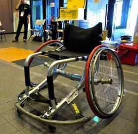 低い車いすを使っている選手はローポインター、高い車いすを使っている選手はハイポインターと覚えておくと、この競技の特徴を感じやすくなる