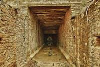 ロストダッチマン鉱山の物語は、たくさんの冒険家やら相場師たちをスーパースティション山地へと引きつけた。中には手痛いツケを払わされた者もあった。もし金鉱が実在したとしても、彼らの屍を踏み越えて採掘するにはかなりの勇気がいるに違いない。(Photograph by Ashiga/Shutterstock)