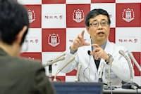 男性がカフェイン中毒で死亡したことが報じられ衝撃が広がった(昨年12月、解剖に当たった福岡大学の記者会見)