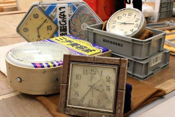 異なる時間で止まった時計