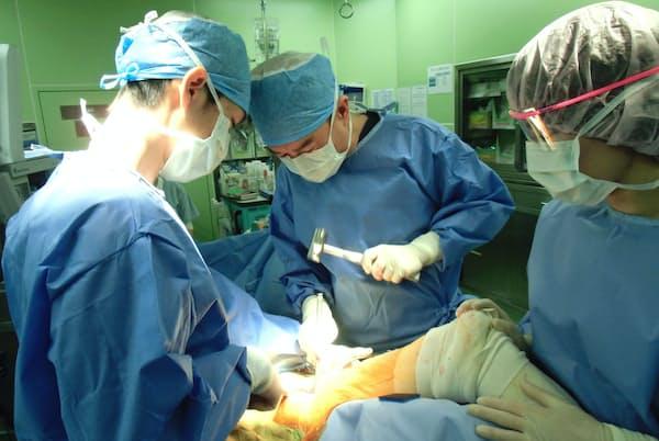 東戸塚記念病院(横浜市)は来院から24時間以内の手術を目指している