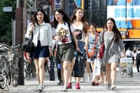 秋葉原を訪れた中国人観光客(東京都千代田区)