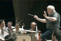 スラットキンさん 地方楽団を世界一流にする指揮術