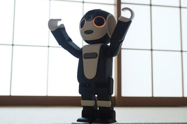 モバイル型ロボット電話「ロボホン」、希望小売価格は19万8000円(980円/月のココロプランへの加入が必須)