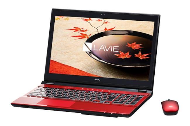 NECのLAVIE NS750は同シリーズの中でも最上位から2番目のモデルだ。型落ち版が安くなっている
