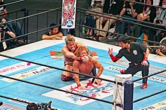 新日本プロレスは40代男性のみならず、女性の間でも人気が上昇している。