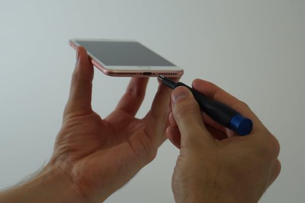 iPhone 7 Plus分解のために米国から「分解職人」が来日した
