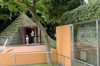 三田台公園には貝塚の断面と縄文時代の住居が再現されている