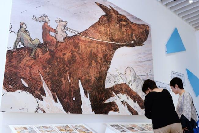 「ルーヴルNo.9展」に展示されたニコラ・ド・クレシーの作品(9月、東京都港区の森アーツセンターギャラリーで)