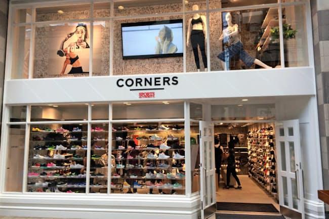 メガスポーツはカジュアルな商品をそろえた「コーナーズ」を初出店した(東京・目黒)