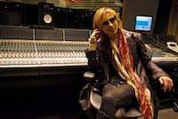 東京・乃木坂のレコーディングスタジオで語るYOSHIKI