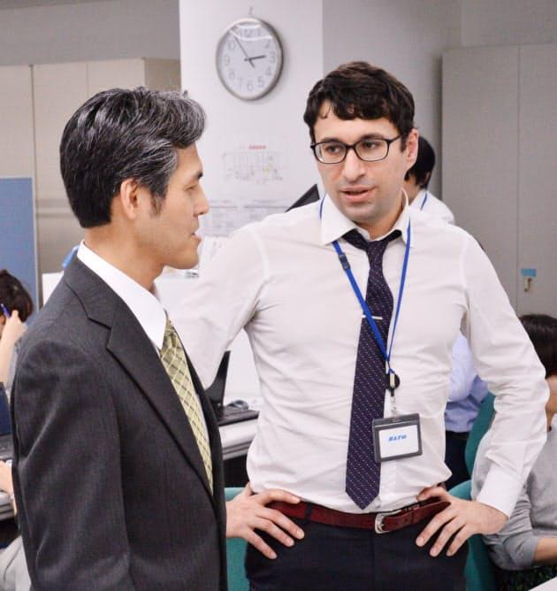 外国人の同僚 仕事ではどう付き合う?|NIKKEI STYLE
