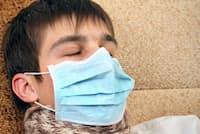 風邪は眠っている間にひくことが圧倒的に多い。(c)sabphoto-123RF)